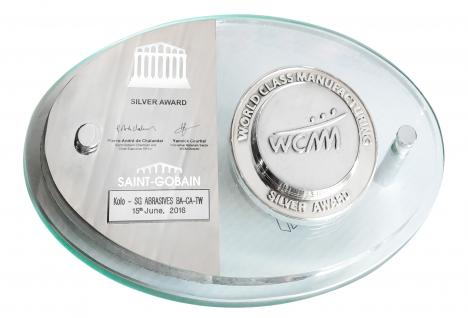 Statuetka WCM srebro